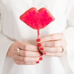 Edible Obsession: Valentine's Day Kissable Lip and Heart Cake Pops