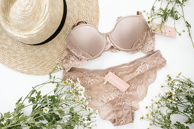 745c21e009 Style Guide  The Best Bra for Each Type of Top - Lauren Conrad