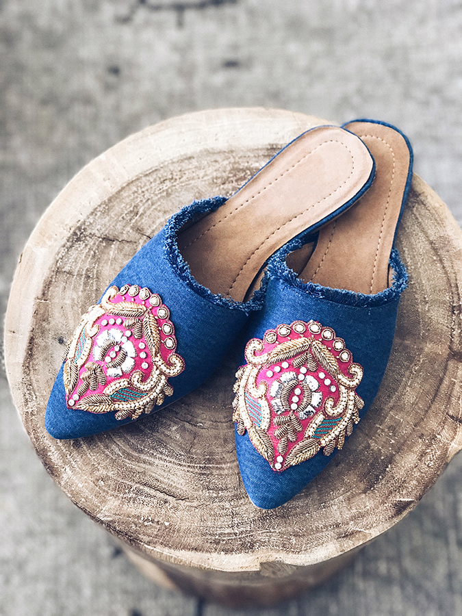Easy embellished slides