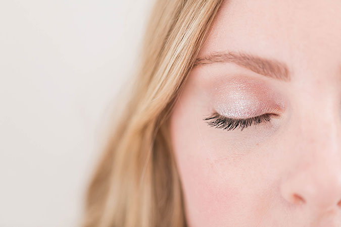 Simple shimmer eye makeup