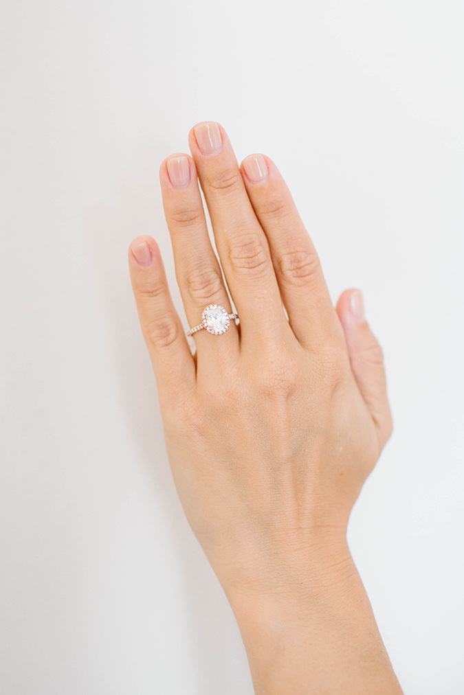 Tips for taking the perfect ring selfie