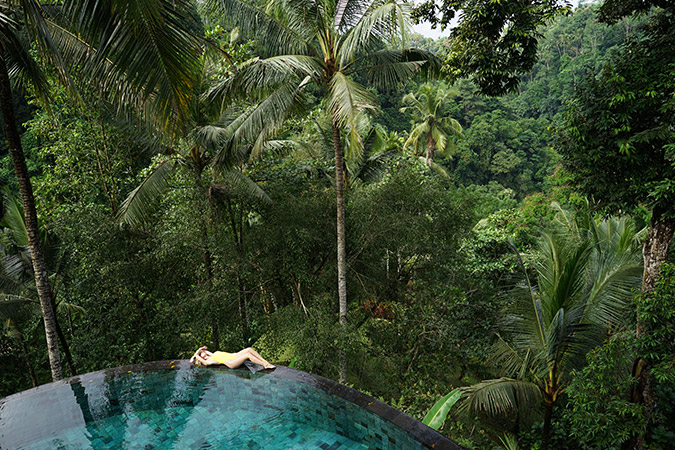 pool lounging in Bali via LaurenConrad.com