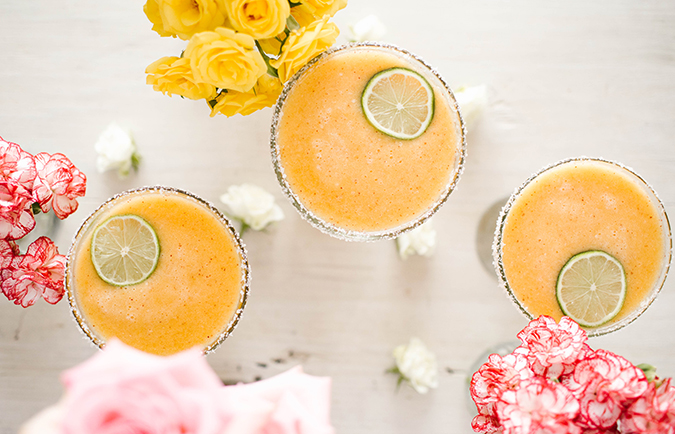 skinny peach margarita for summer