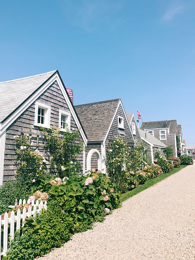Nantucket cottages along the harbor