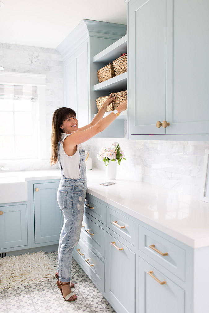 Jillian Harris in her baby blue wash room