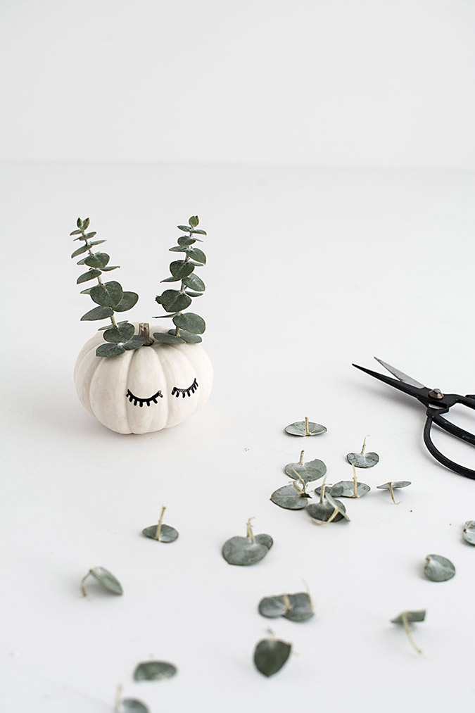 little sleeping pumpkin DIY