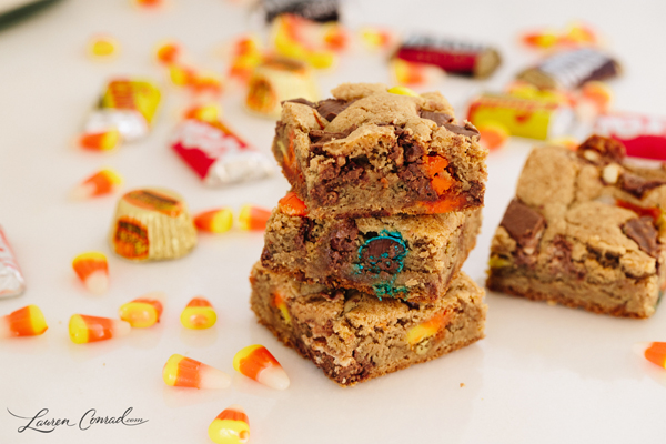 leftover Halloween candy dessert bars on LaurenConrad.com