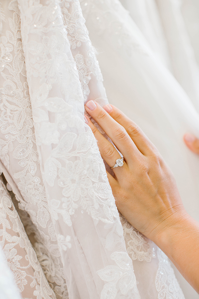 how to plan the perfect day of wedding dress shopping | laurenconrad.com