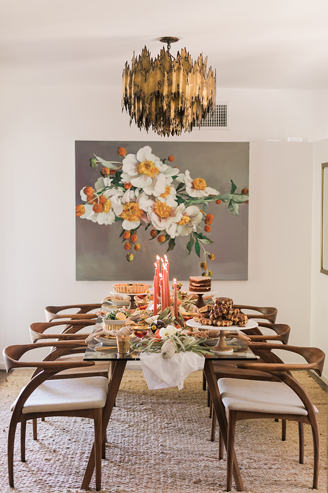 fall tablescape for a friendsgiving brunch