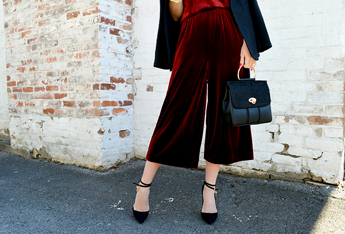 how to pull off colored velvet