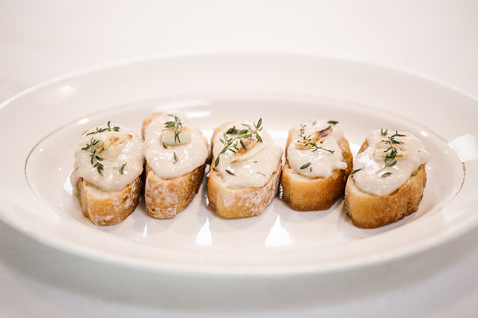 bean puree and garlic crostini recipe
