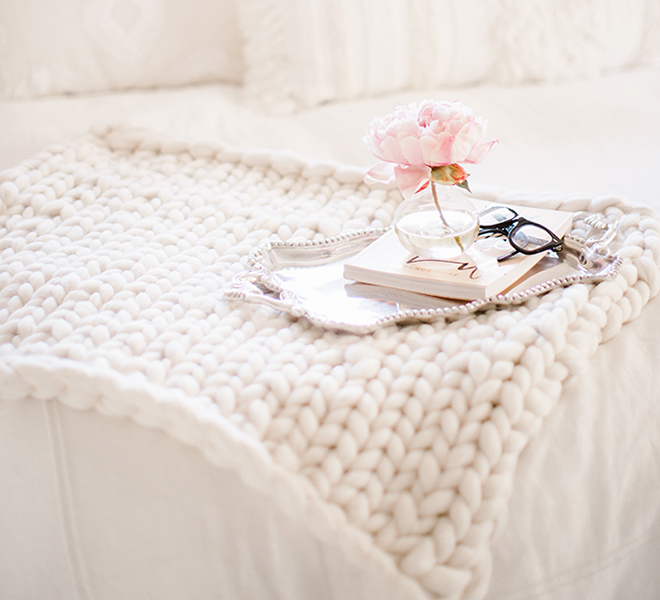 DIY Gift Guide: Hand Knitted Throw Blanket