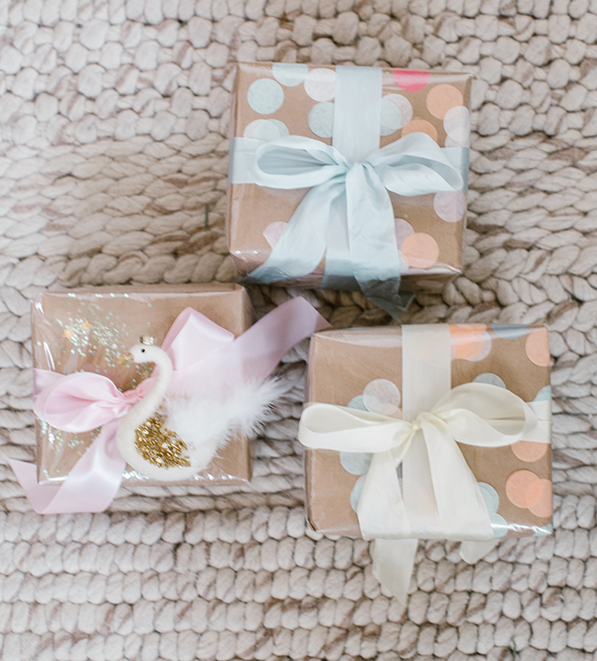 DIY cellophane confetti gift wrap