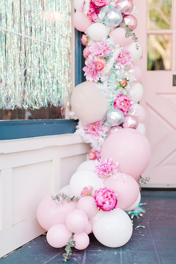 pink candyland christmas balloon arch