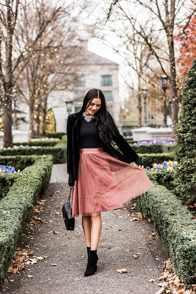 dress for a festive fête via Pink Peonies