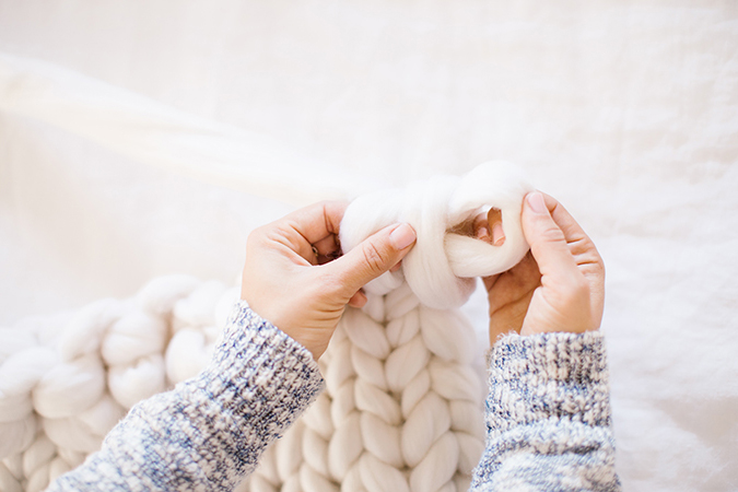 DIY throw blanket tutorial via LaurenConrad.com