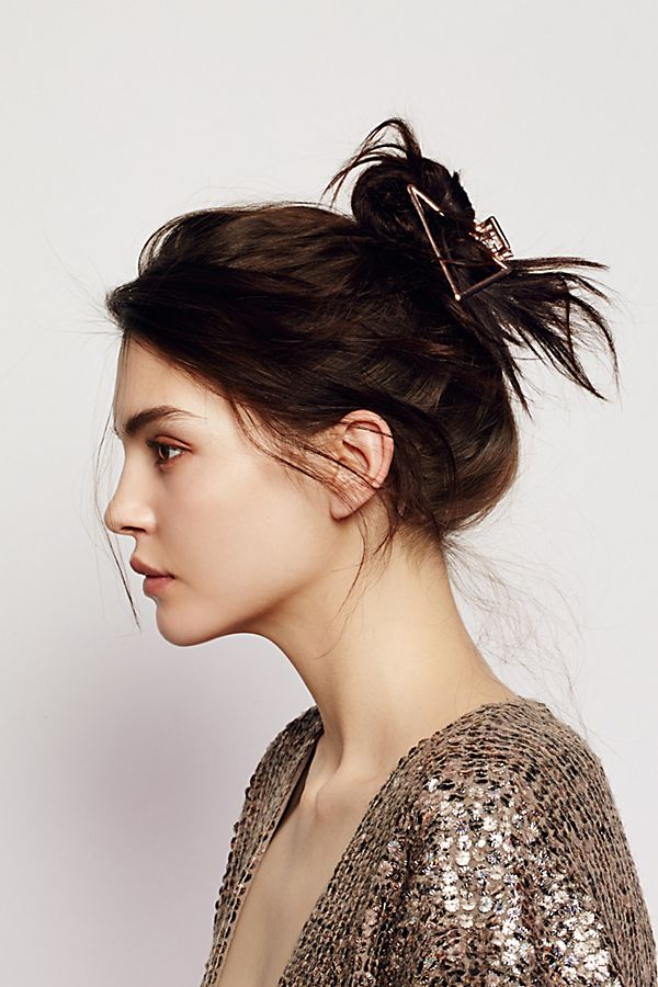 minimalist hair clip from Free People