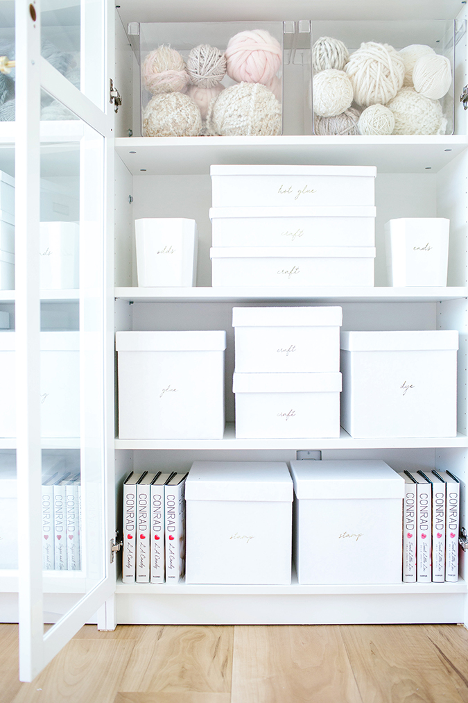organization hacks from the pros via LaurenConrad.com