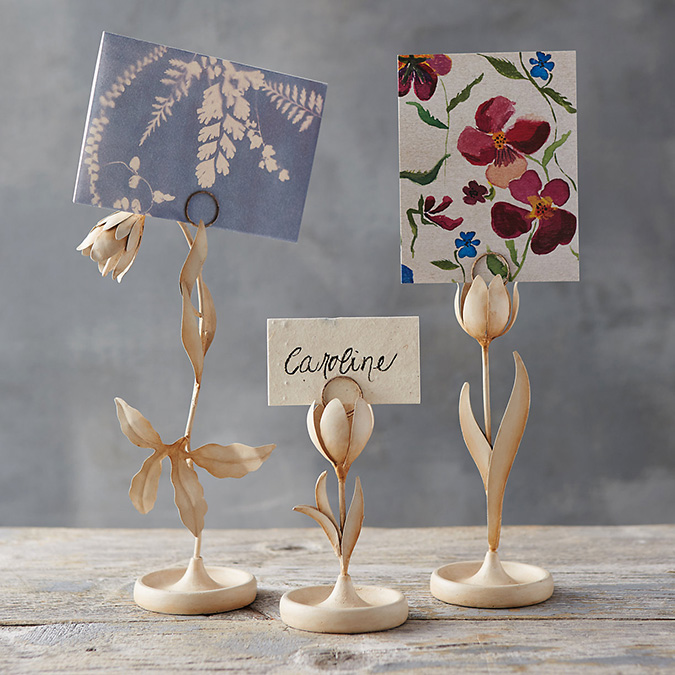 floral name card stands