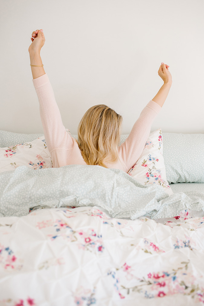 tips for the best morning routine via laurenconrad.com