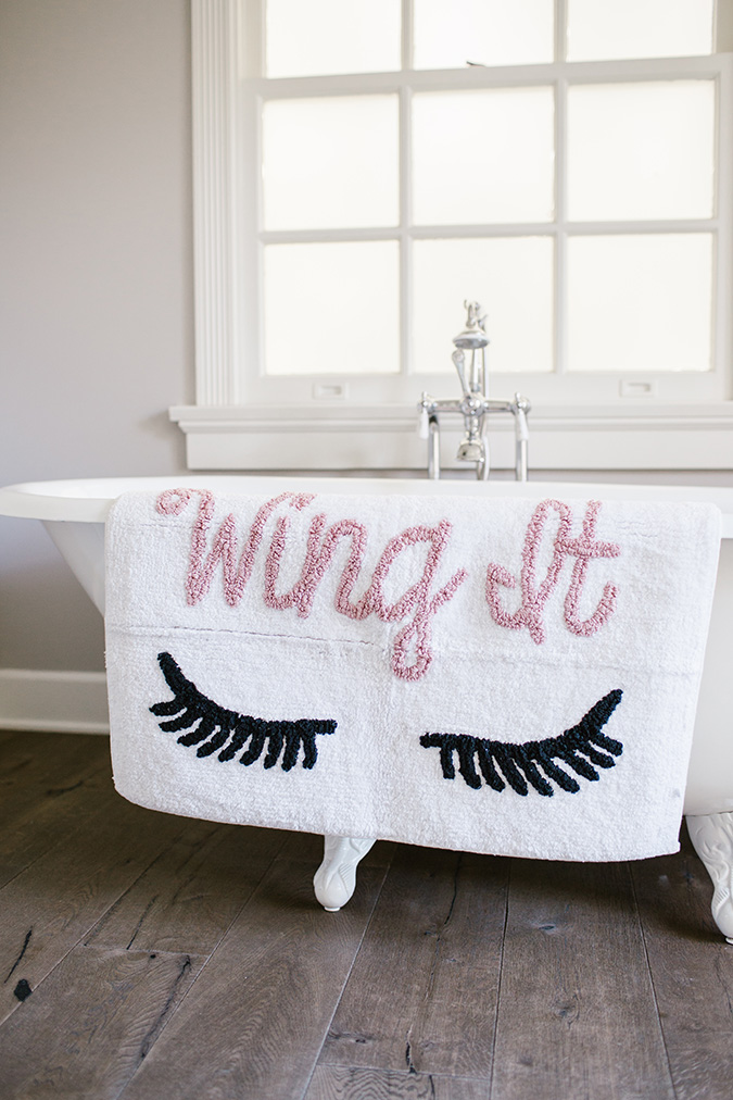 LC Lauren Conrad 'wing it' bath mat
