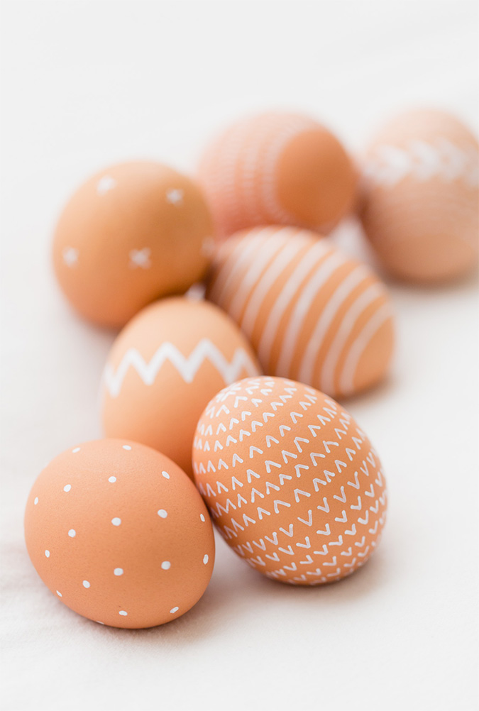 minimalist natural easter eggs