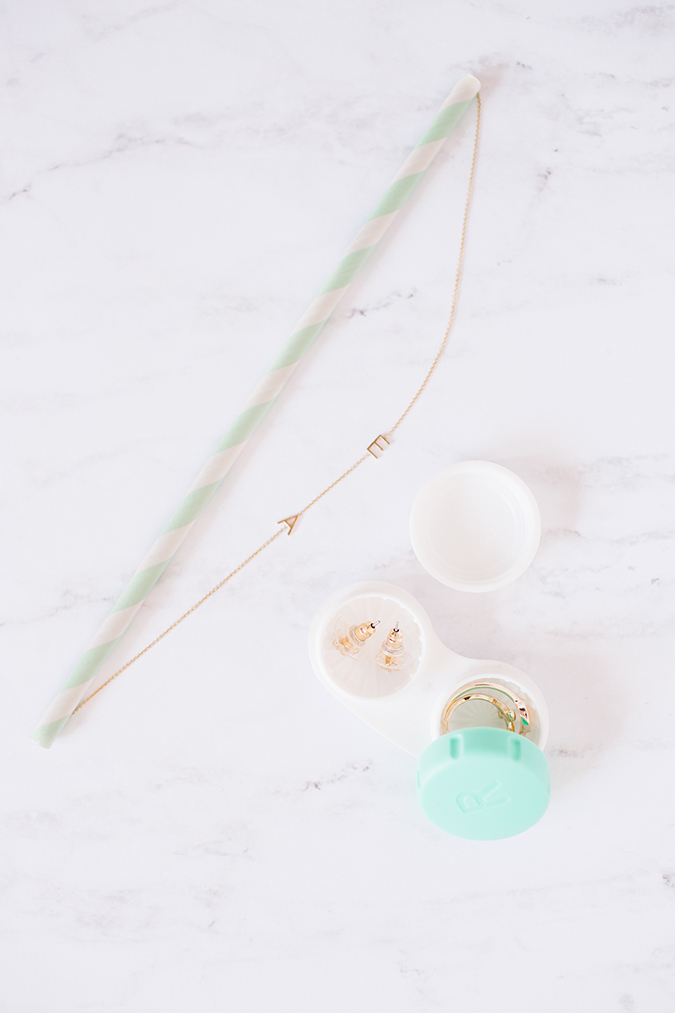 jewelry packing hacks via laurenconrad.com