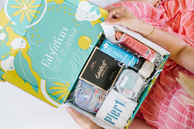 Team LC's summer FabFitFun box