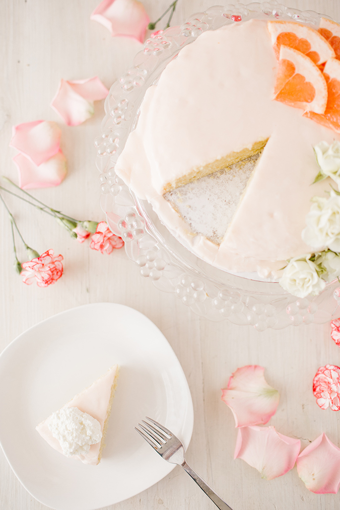 grapefruit cake recipe via laurenconrad.com