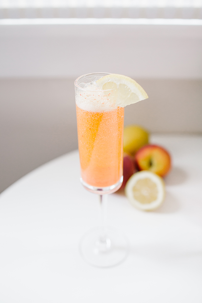 build-your-own ombre mimosa bar via laurenconrad.com