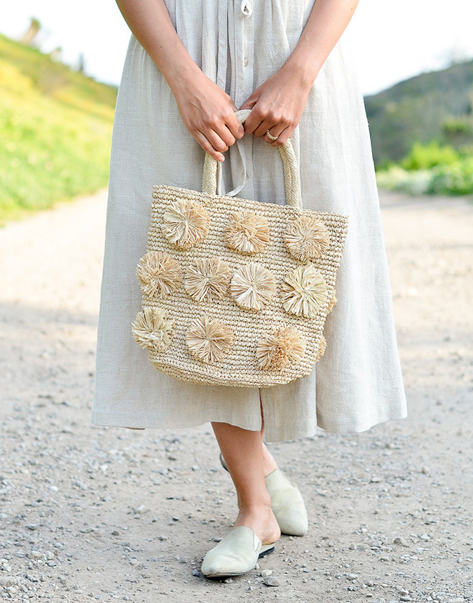 the little market pom pom tote