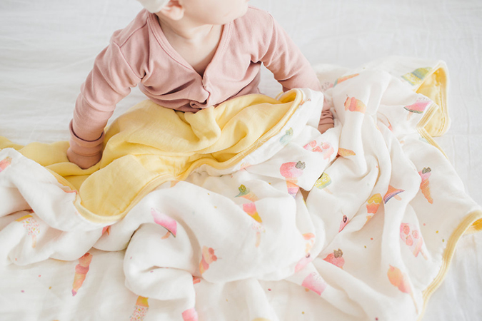 loulou lollipop muslin blanket