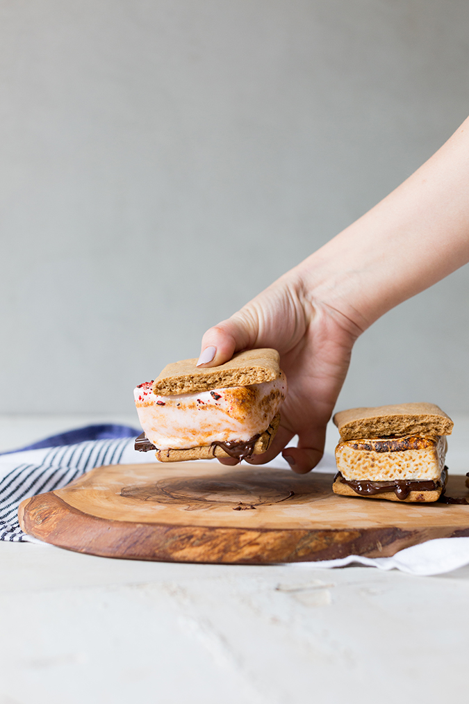 homemade s'mores with flavored marshmallows via laurenconrad.com