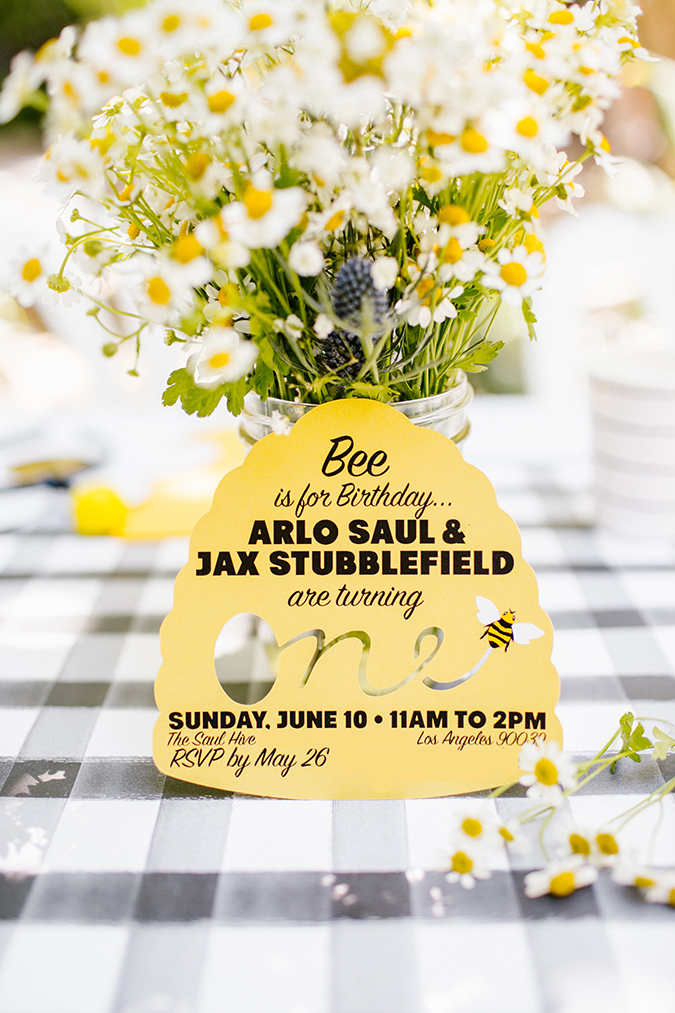 """a bee-themed first """"bee-day"""" party via laurenconrad.com"""