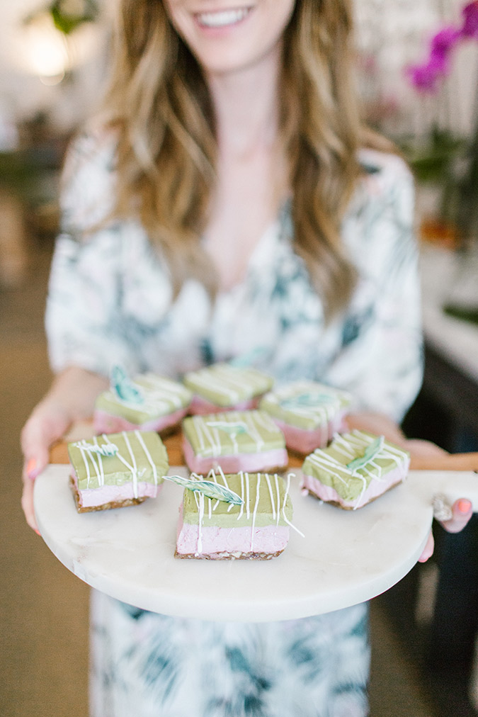 vegan strawberry basil cheesecake bars via laurenconrad.com