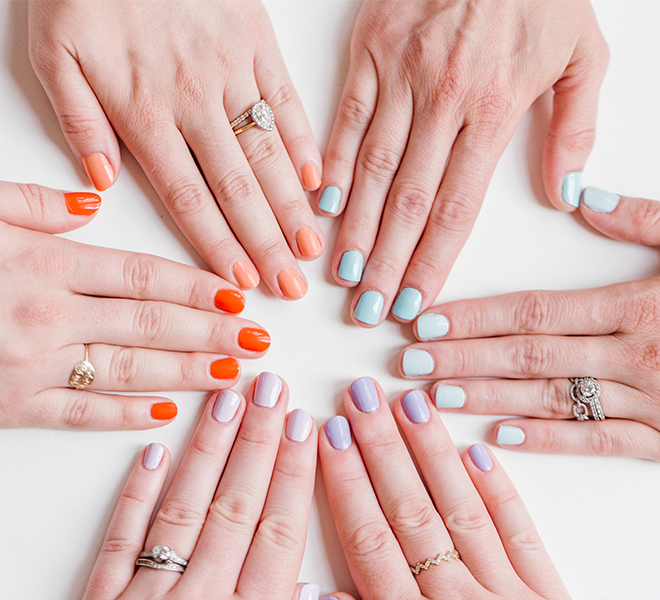 Nail Files: Two-Tone Manicure Trend