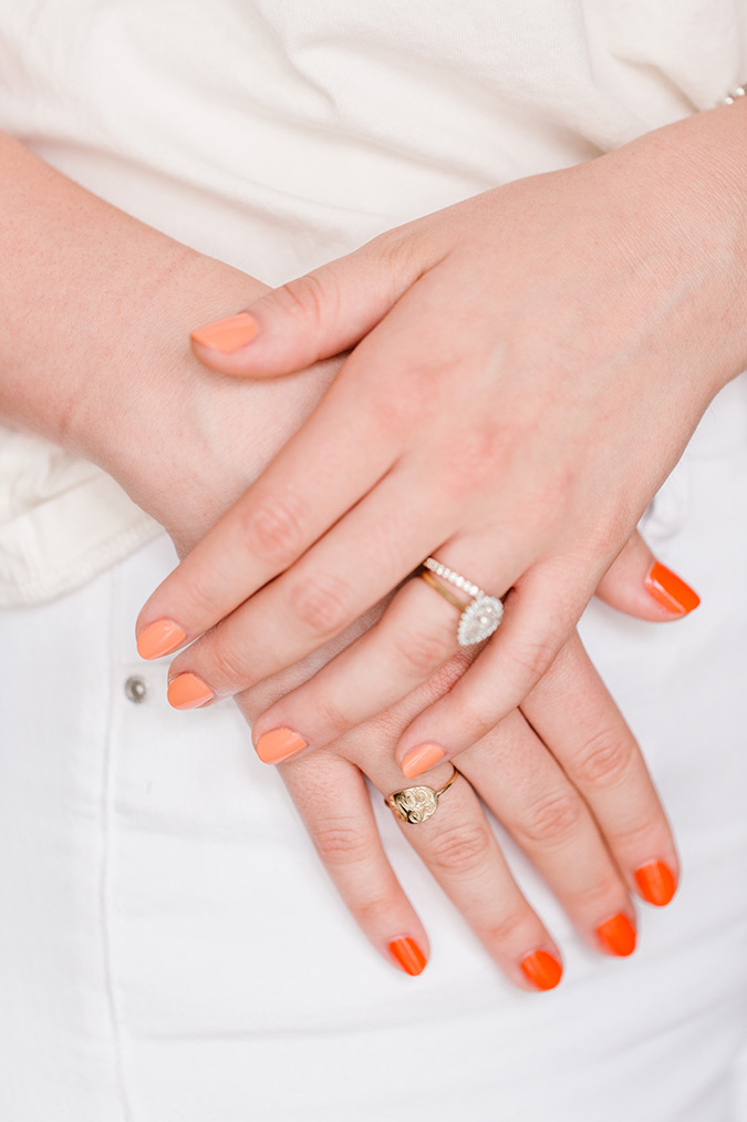 two-tone manicure via laurenconrad.com