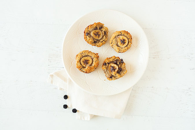be well by kelly banana bread muffin recipe via laurenconrad.com