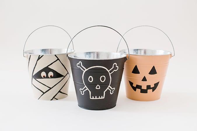DIY trick or treat pails via laurenconrad.com