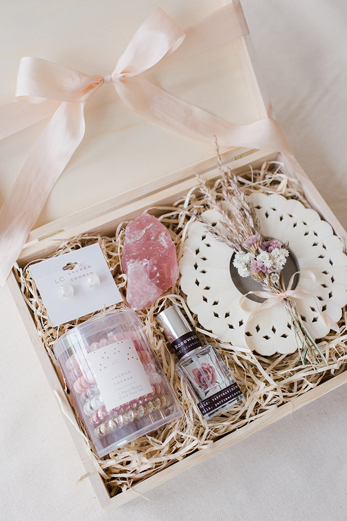Diy Gift Guide How To Build The Perfect Gift Box Lauren