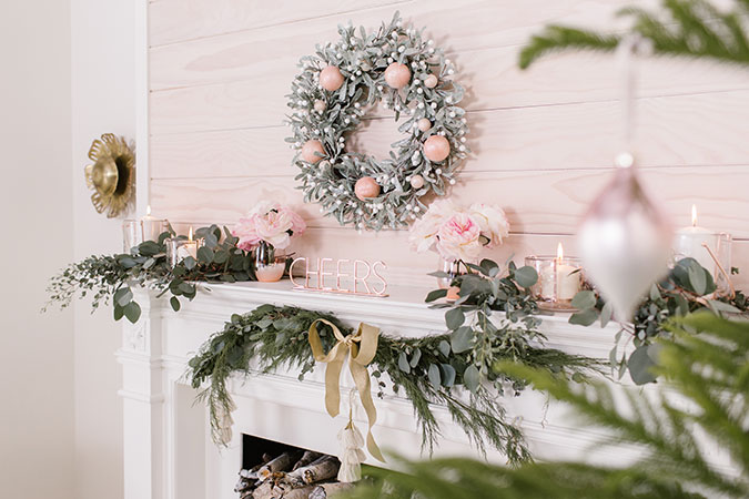 3 ways to style your holiday mantel via laurenconrad.com