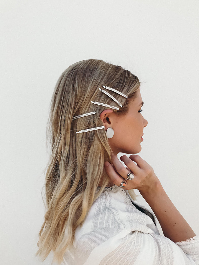 5-minute hairstyles via amber fillerup clark