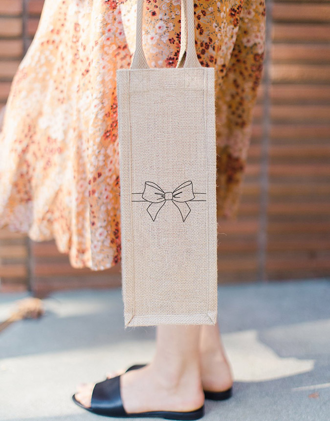 the little market wine tote