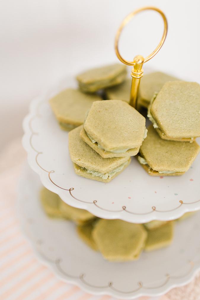 how to elevate a hostess gift via laurenconrad.com