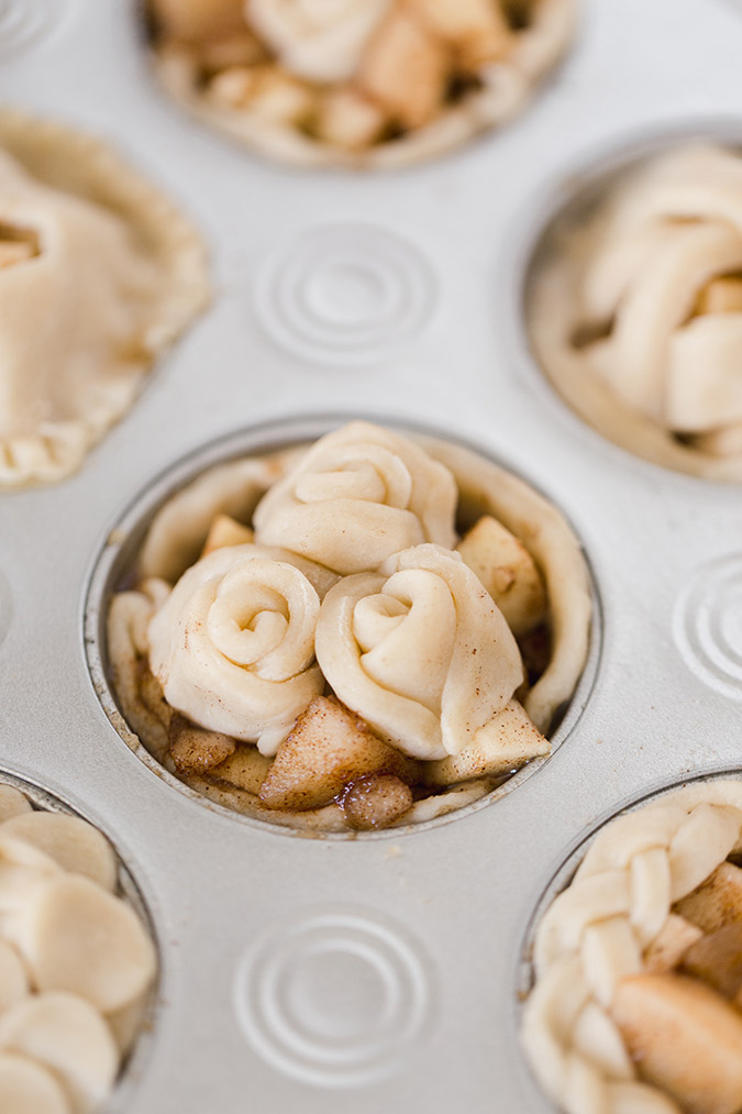 mini apple pear pies via laurenconrad.com