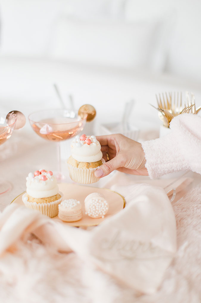 NYE pajama party via laurenconrad.com