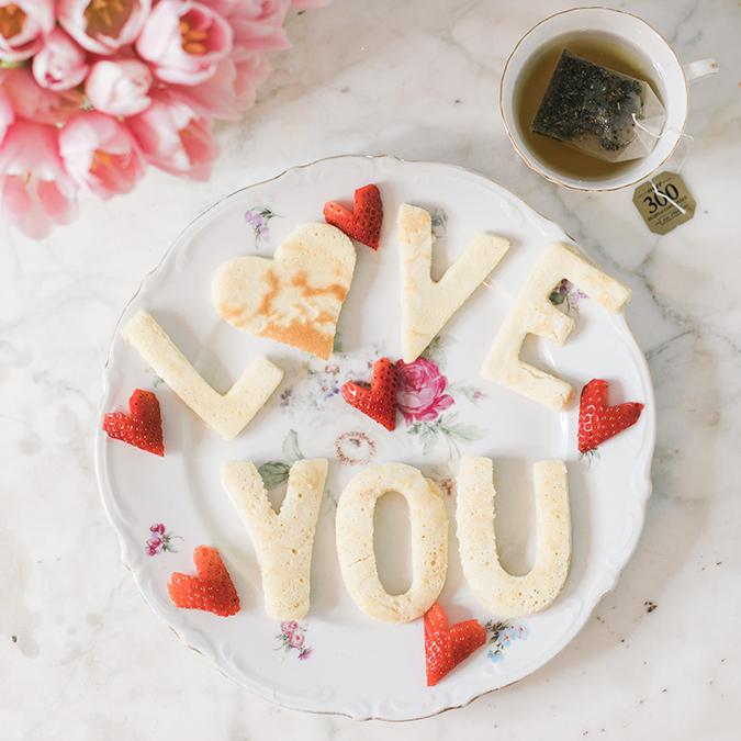 Love letter pancakes