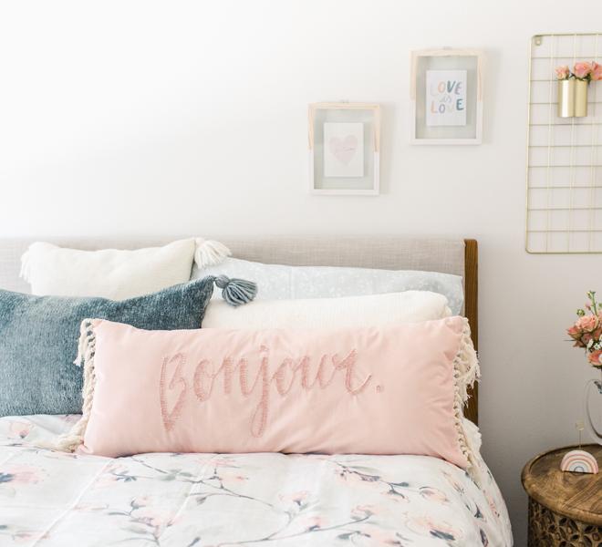 5 No-Fail Pillow Combos For Spring