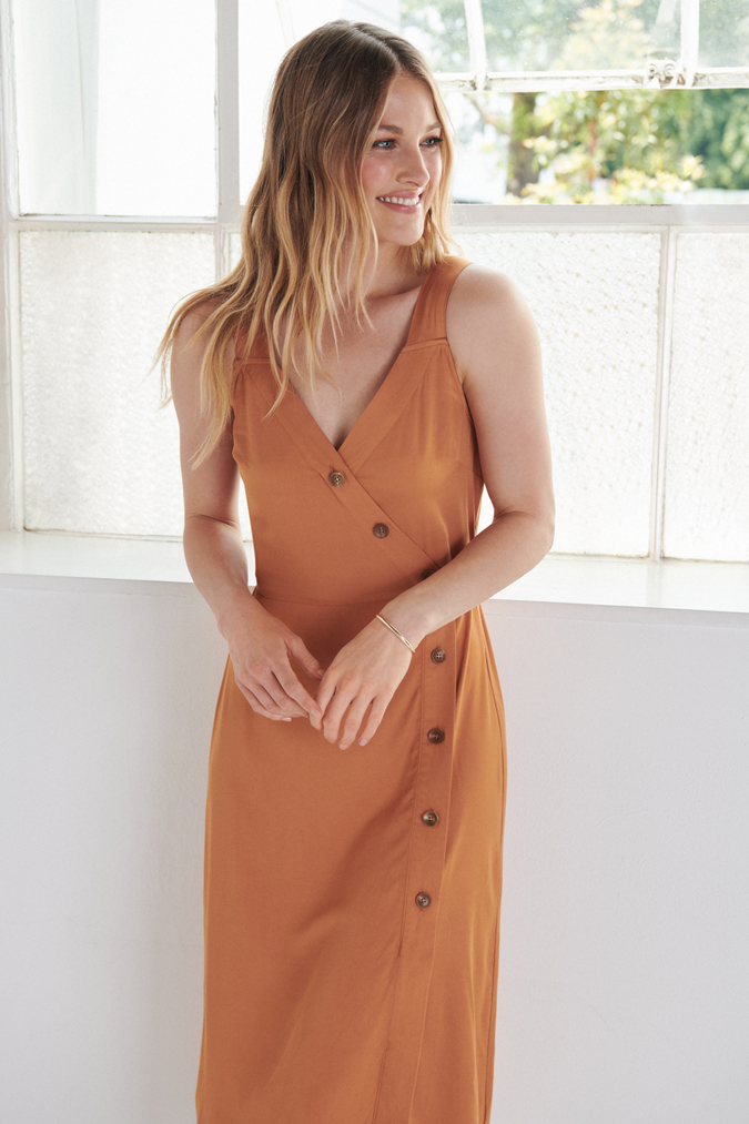 LC Lauren Conrad August Collection
