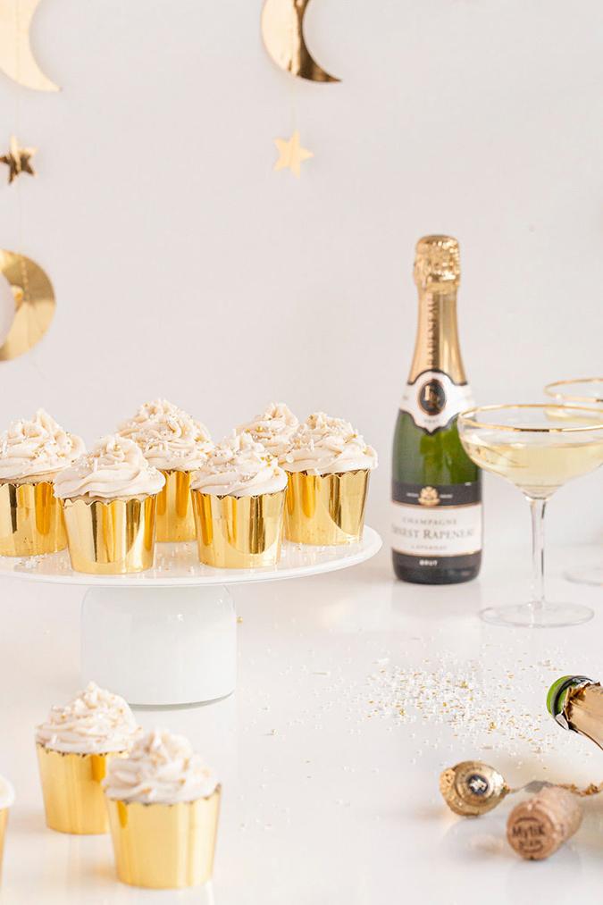NYE Champagne Cupcakes